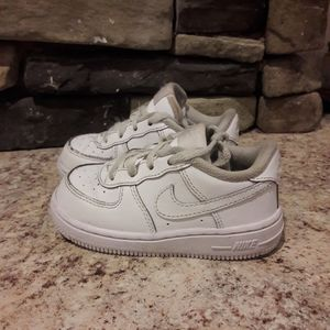 Baby size 7 white leather NIKE shoes